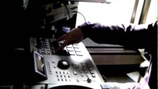 AKAI MPC2000XL S900 sample