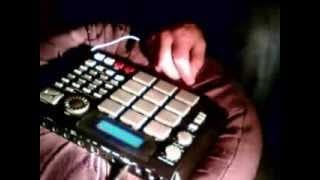 Finger Play Akai MPC 500 Boycut Utang